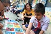 Đã vời được 'đối thủ' đánh bật game điện tử khỏi trường học