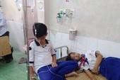 45 HS nhập viện sau khi súc miệng dung dịch ngừa sâu răng