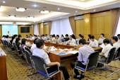 TP.HCM lập ban biên soạn đề án giảm hội họp