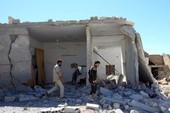 Thị trấn Syria bị tấn công hóa học lại bị không kích