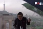 MC Trung Quốc bị sét đánh khi đang dẫn chương trình