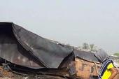 Nổ xe dầu ở Pakistan: Hơn 148 người chết vì hôi của