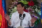 Ông Duterte bất ngờ tái xuất, dẹp tin đồn sức khỏe