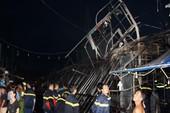 Cháy chợ đêm ở Phú Quốc, lửa thiêu rụi 9 gian hàng