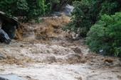 Bão số 12 tan thành áp thấp, mưa lũ trải dài miền Trung
