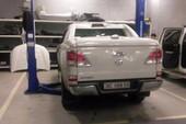 Xử vụ khách hàng đòi bảo hành xe Mazda BT 50