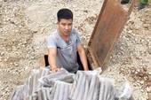 Bắt người đào hầm bí mật chôn giấu 100kg thuốc nổ