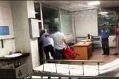 Thêm góc quay trong vụ đánh bác sỹ trong phòng cấp cứu