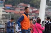 Phóng viên VietNamNet bị đánh gục khi tác nghiệp