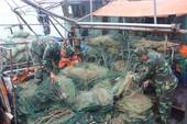 Quảng Ninh: Dùng lồng bát quái hủy diệt thủy hải sản