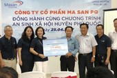 Trao học bổng cho học sinh nghèo Phú Quốc
