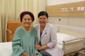 Giải phóng khối u buồng trứng cho cụ bà 92 tuổi