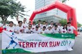 Manulife Việt Nam: 200 triệu đồng cho Quỹ Terry Fox