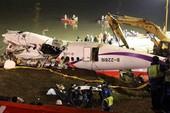 Thoát chết vụ tai nạn máy bay thảm khốc nhờ chuyển chỗ ngồi
