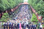Clip: Hàng ngàn người dân TP.HCM dự giỗ tổ Hùng Vương
