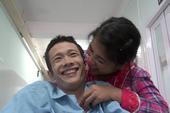Tình yêu cổ tích của chàng bại liệt và nàng chân voi