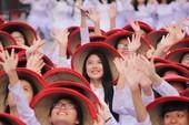 Hơn 3.000 người đồng diễn  áo dài 'Tôi yêu Việt Nam'