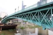 Cây cầu kiến trúc cổ nhất TP.HCM xuống cấp nghiêm trọng