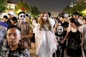 'Ma, quỷ' tràn ngập đường phố trong đêm Halloween