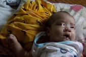 Hai đứa trẻ bỏ rơi ở TP.HCM: Người mẹ quay lại nhận con