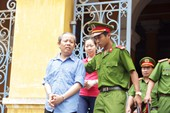 Trưởng Ban Bồi thường giải phóng mặt bằng quận1 ra tòa