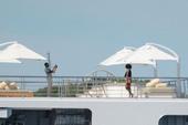 Nhà Obama chơi du thuyền cùng những người bạn nghệ sĩ
