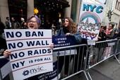 Biểu tình 'chào đón' ông Trump lần đầu về New York