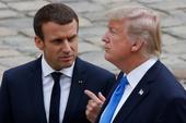Gặp Tổng thống Pháp, ông Trump tranh thủ bênh con