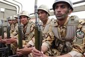 Iran: Xả súng giữa căn cứ không quân, 4 người chết