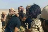 Phiến quân bắn rơi máy bay Syria, bắt phi công
