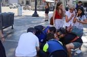 IS chủ mưu vụ lao xe tải giết 13 người ở Barcelona