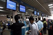 Vietnam Airlines huỷ hàng loạt chuyến bay vì bão số 10
