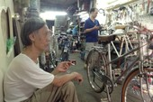 """Kinh doanh xe đạp cổ: Nghề đang """"phất"""" ở Hà Nội"""