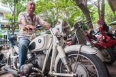 """Chủ bộ sưu tập môtô """"khủng"""" tại Hà thành lên báo Tây"""