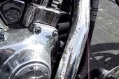 Mẹo đơn giản để tẩy rửa vết gi sét trên xe máy