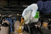 Bốn quan niệm sai lầm về dầu nhớt cho xe