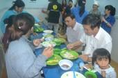 Bí thư Quảng Ngãi ăn cơm chung với người nghèo