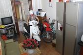 Cách để xe máy trong nhà nhưng không hại sức khỏe