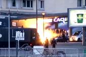 Clip cảnh sát giải cứu con tin trong tay các phần tử khủng bố