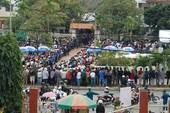 Hàng ngàn người dân Đà Nẵng tiễn đưa ông Nguyễn Bá Thanh trong nước mắt