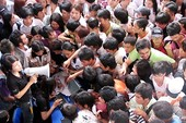 Clip xếp hàng và văn hóa người Việt Nam