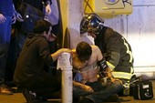 Clip hiện trường vụ khủng bố ở Paris, 158 người chết