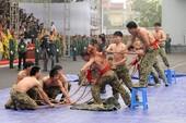 Màn trình diễn 'nghẹt thở' của các chiến sĩ đặc công