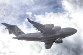 Thêm vận tải cơ C-17 của Mỹ đáp xuống Đà Nẵng