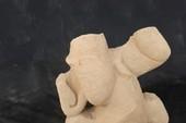 Phát hiện tượng cổ bằng sa thạch ở tháp Mỹ Sơn
