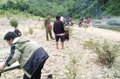 Sinh viên năm 2 chết đuối khi lặn sông bắt cá