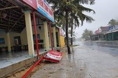 84 nhà hư hỏng, nhiều người bị thương do mưa bão