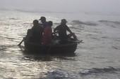 Máy trên thuyền thúng vẫn nổ nhưng ngư dân thì mất tích