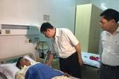 Phó chủ tịch Đà Nẵng thăm nạn nhân ngộ độc tập thể