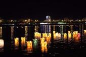 7000 hoa đăng tri ân anh hùng liệt sĩ rực sáng sông Hàn